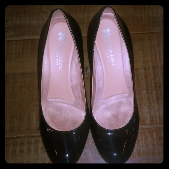 Naturalizer Shoes - Black patent leather 2.5 inch heel